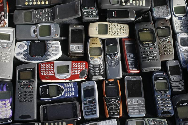 435904-photo-illustration-of-a-collection-of-mobile-phones-made-by-nokia-in-warsaw